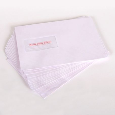 C5+ gummed white window gummed mailing wallet envelopes (Pack of 1,000)